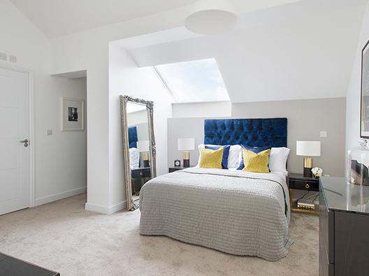 pent sq bed